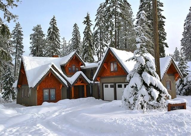 Suncadia's Best! Three Sisters Lodge * 3 Masters * Game Room * Hot Tub, holiday rental in South Cle Elum