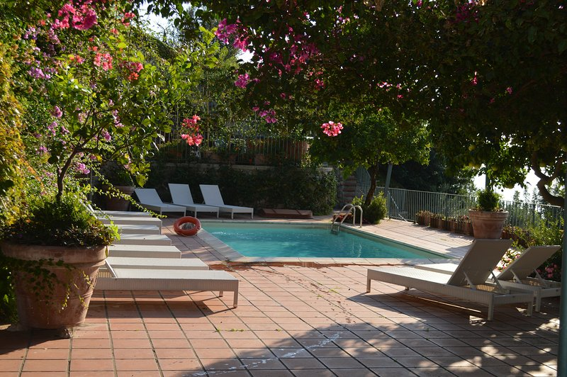 Villa Santa Croce with 4 bedrooms and private pool, vacation rental in Vettica