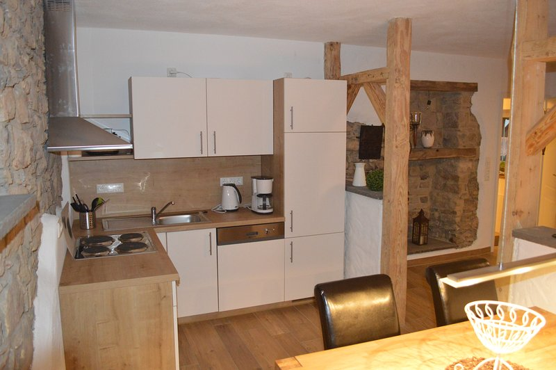FEWO Lampertstal  Wohnung I EG  Orchidee, holiday rental in Juenkerath