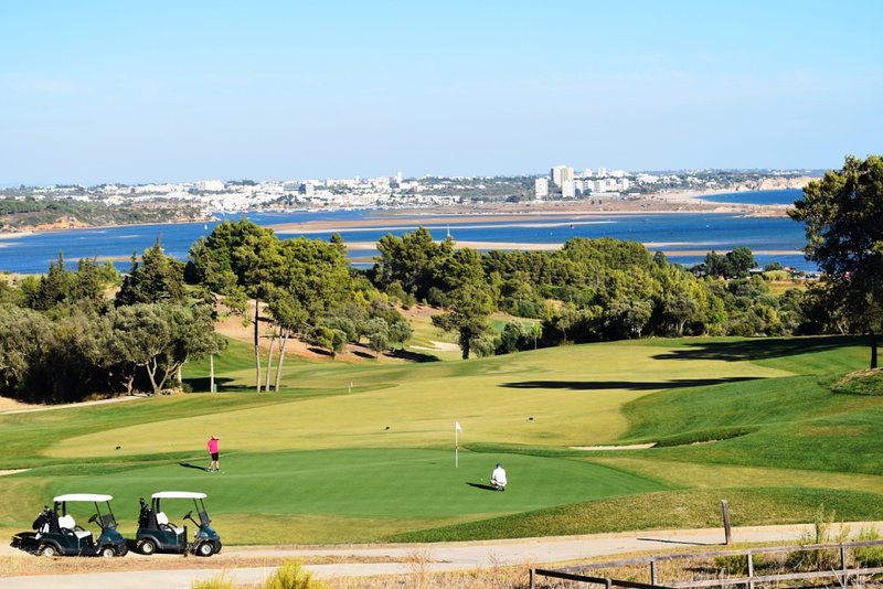 Palmares Golf, 3 minutes en voiture de Casa do Pinhal
