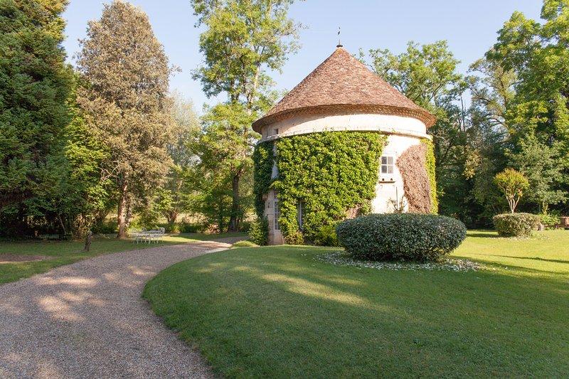 Domaine Labattut, holiday rental in Saint-Germain-du-Salembre