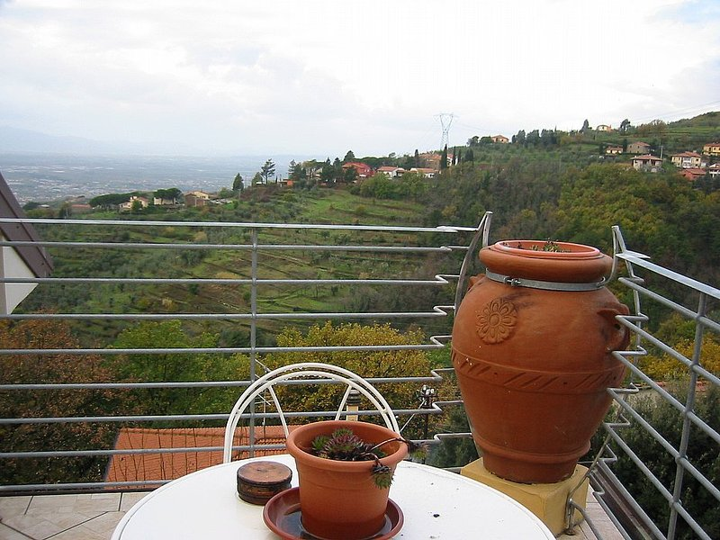 San Baronto Villa Sleeps 4 with Pool Air Con and WiFi - 5228492, location de vacances à Giugnano