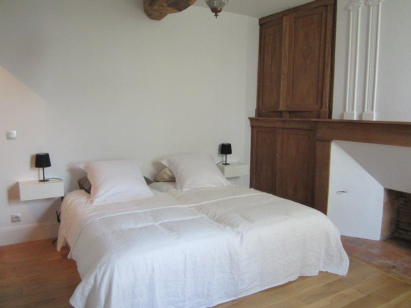 Floor Bedroom 2 beds 90