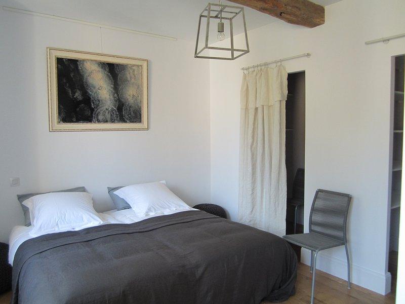 Master bedroom upstairs 2 beds 90 / bathroom / WC