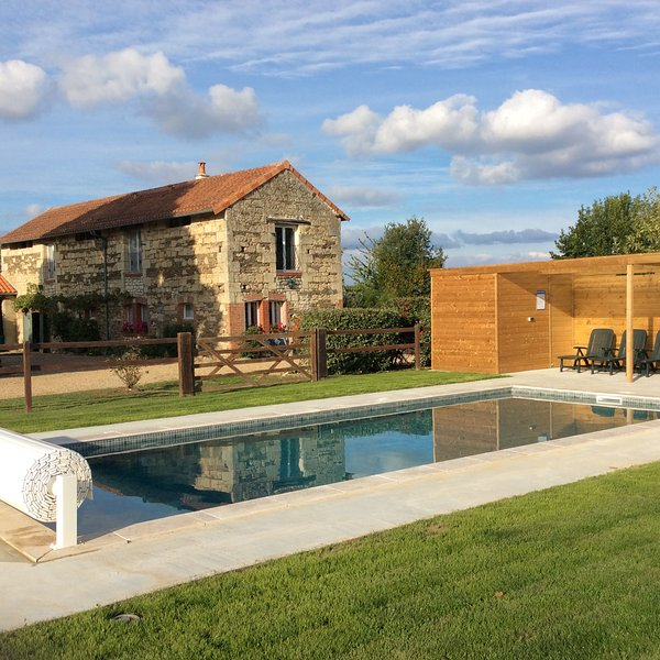 'The Barn' is our Gite Rental with Swimming Pool (Nearest City is Saumur), vacation rental in La Chapelle-Gaudin