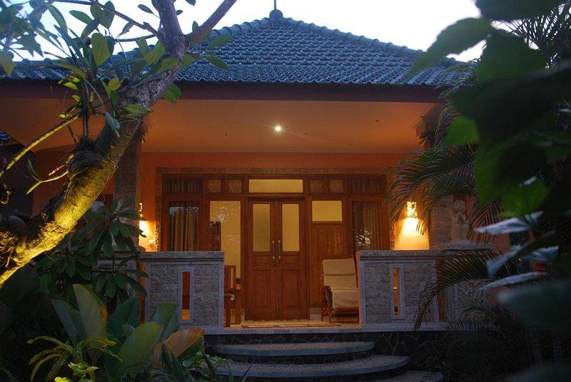 Villa Orchid, holiday rental in Kubu