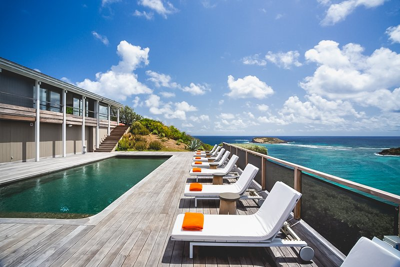 VIlla Cosmos St Barts, View of House and Deck