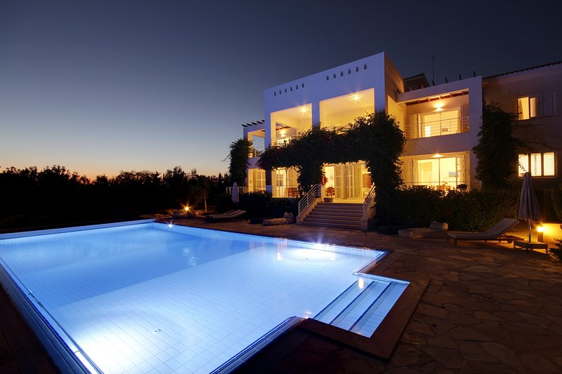 Villa Grande, holiday rental in Paphos District
