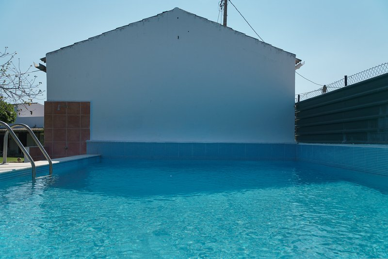 Sabi Blue Apartment, Olhao, Algarve, holiday rental in Moncarapacho