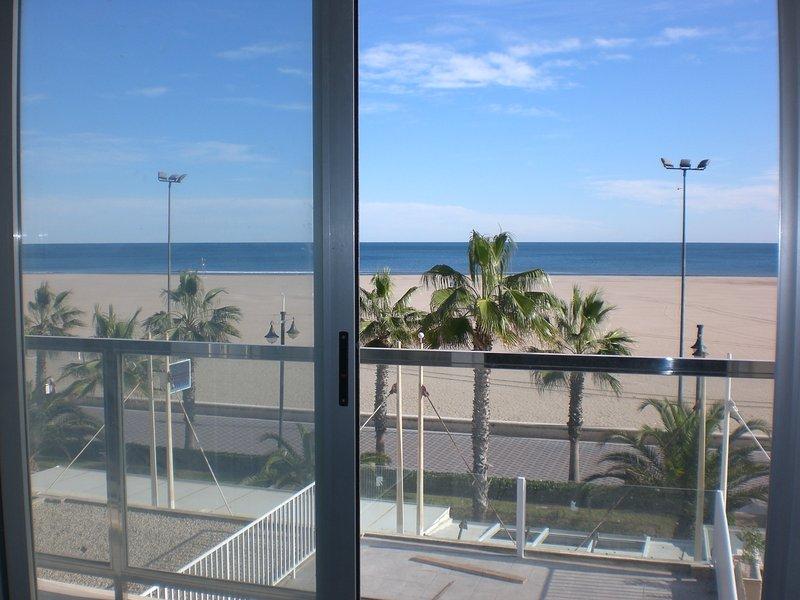 Vistas al mar desde el salón y el dormitorio principal