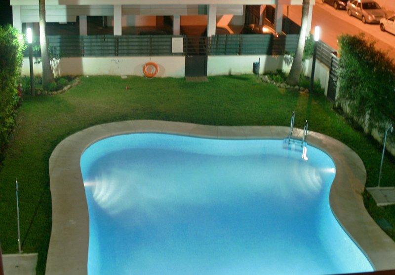 Centro Rincón, Playa, Piscina, Parking, Wifi., vakantiewoning in Rincon de la Victoria