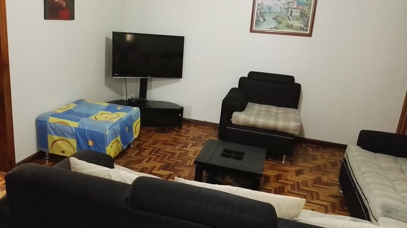 Sala de estar, Plasma TV con Kabel.