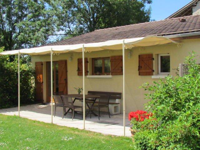 Ver terraza con muebles de jardín