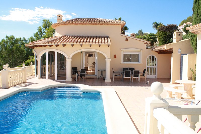 Beautiful 4 bedroom, 3 bath villa with pool.