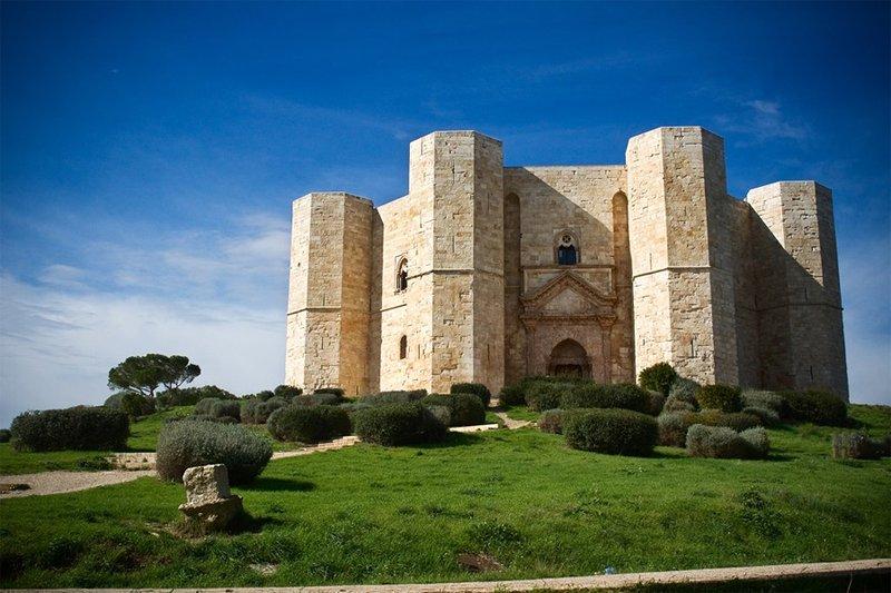 Castel Del Monte destino de nuestro viaje