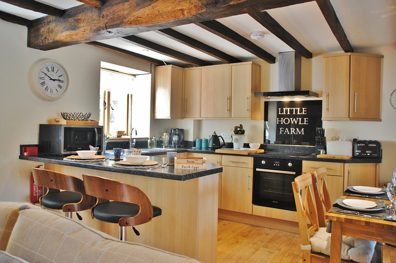 The Granary at Little Howle Farm, vacation rental in Weston under Penyard