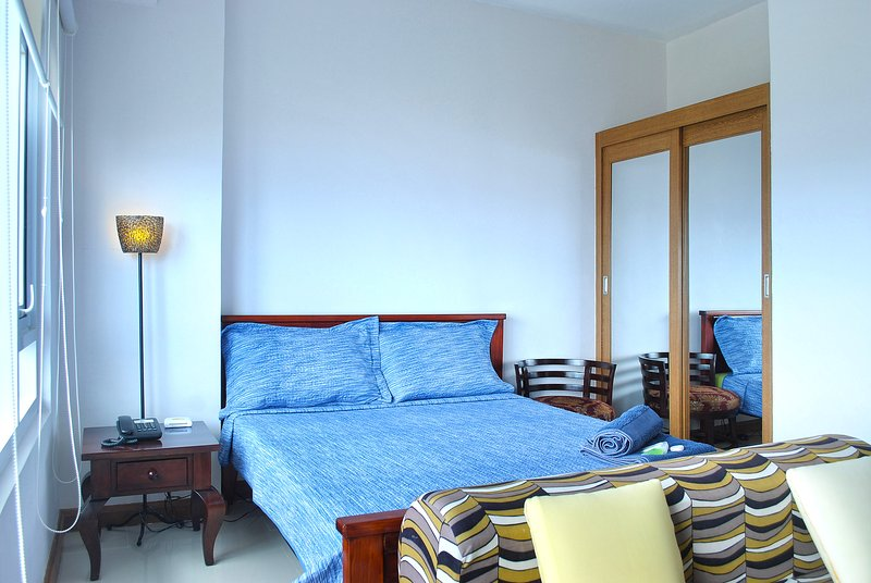 Relaxing Studio Apartment in Amisa Mactan, Cebu, holiday rental in Lapu Lapu