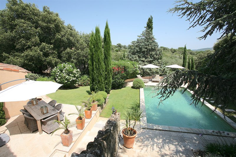 Bastide 2 pool and dining terrace with views over the pine an oak covered forest