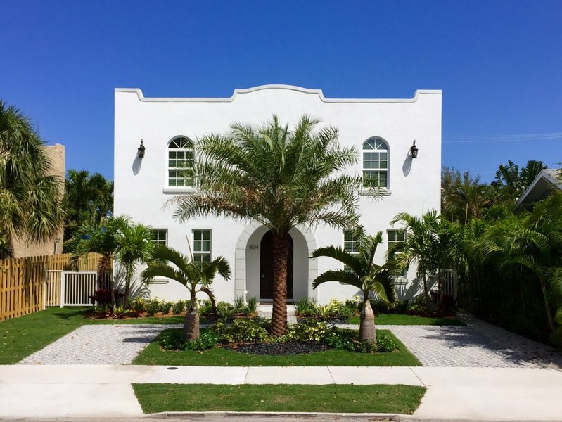 The Grace FitzPatrick  | Luxury 4bd/4ba with Pool, location de vacances à Palm Beach