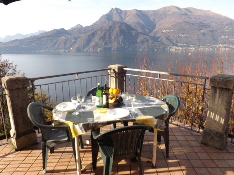 Exclusive Villa Crotto Lake View, vacation rental in Varenna