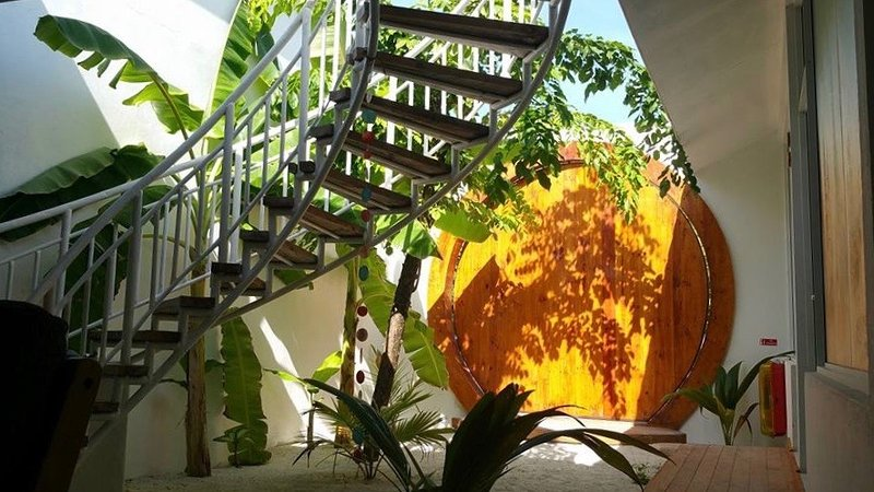 Noovilu Suites - The luxury guest house in Maldives, holiday rental in Himandhoo Island