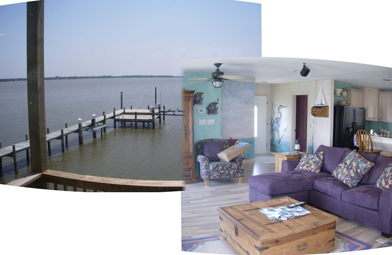 Living room, looking out over the water off the back deck!:)