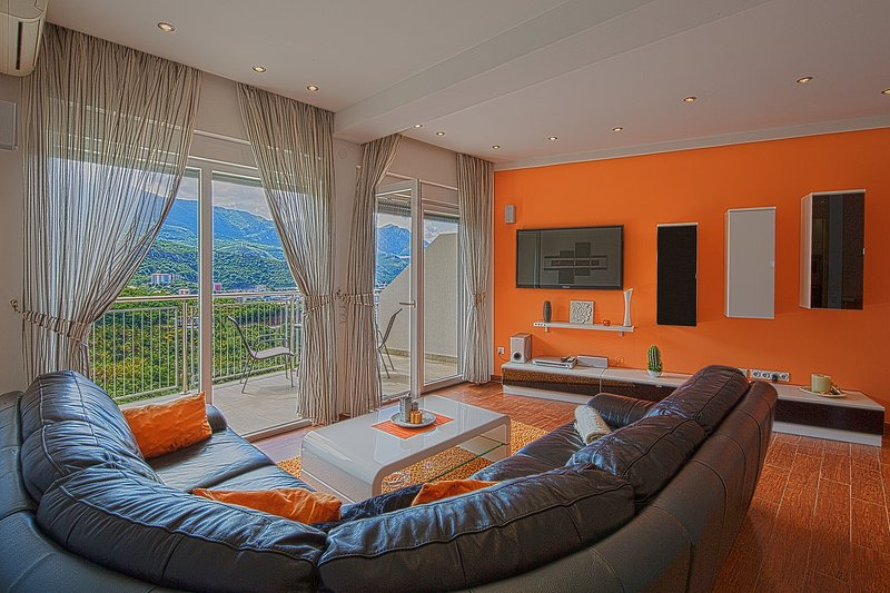 MonteLux Deluxe Apartment 3 with Sauna, Pool and Sea view, vacation rental in Budva Municipality