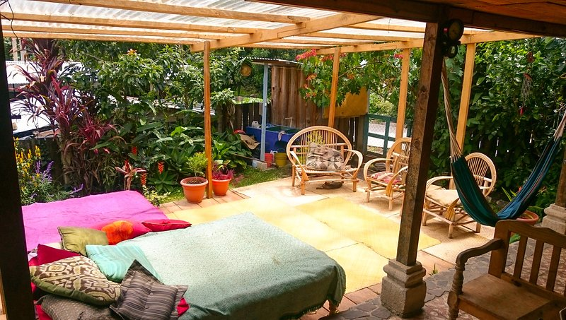 The Hummingbird hostel, vacation rental in Lake Atitlan