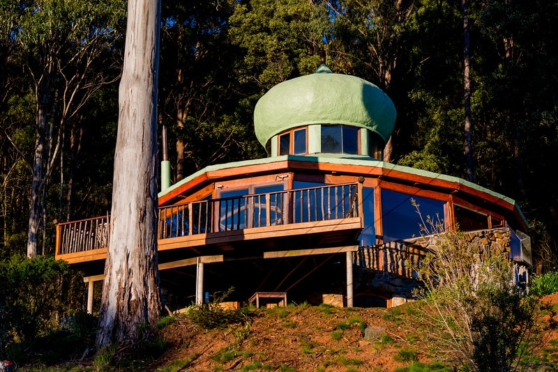 The Roundhouse : Rainforest & Mountains, holiday rental in Golden Valley
