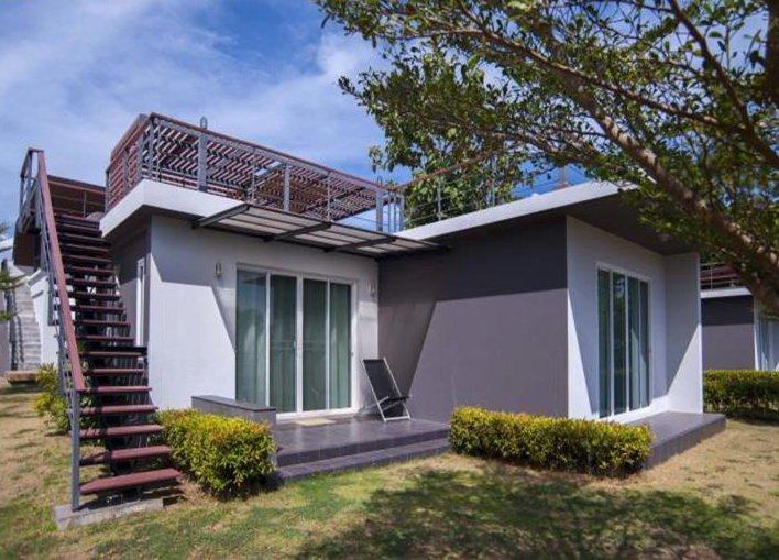 Sea Space Villa 2BR, alquiler vacacional en Chalong
