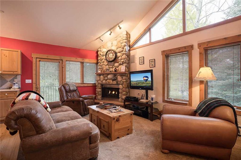 Saddle Creek Townhomes - SC715, holiday rental in Steamboat Springs