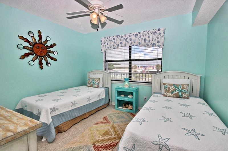 Quarto de hóspedes - 2 camas individuais