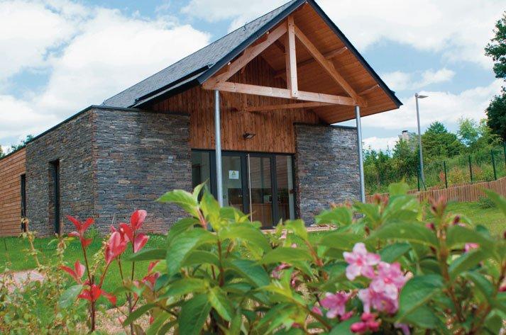Paviljoen voor 4 personen, volledig uitgerust en comfortabel - optie als on-site catering.