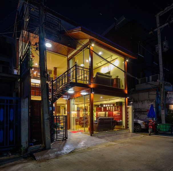 Deluxe Town House in the Heart of Chiang Mai's Old City, vacation rental in Chiang Mai