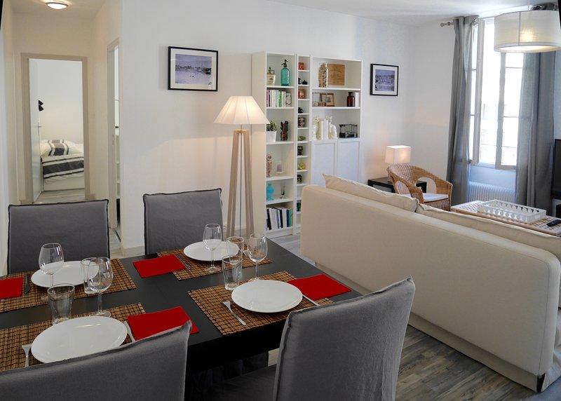 Charme, clarté, tranquillité au coeur de Bergerac, location de vacances à Lembras