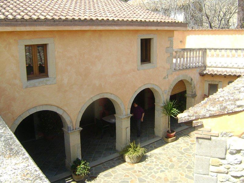 Ospitalità e relax in Marmilla, vacation rental in Serri
