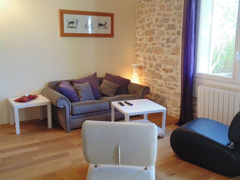 Maison proche de Sommières avec jardin au calme, holiday rental in Brouzet-les-Quissac
