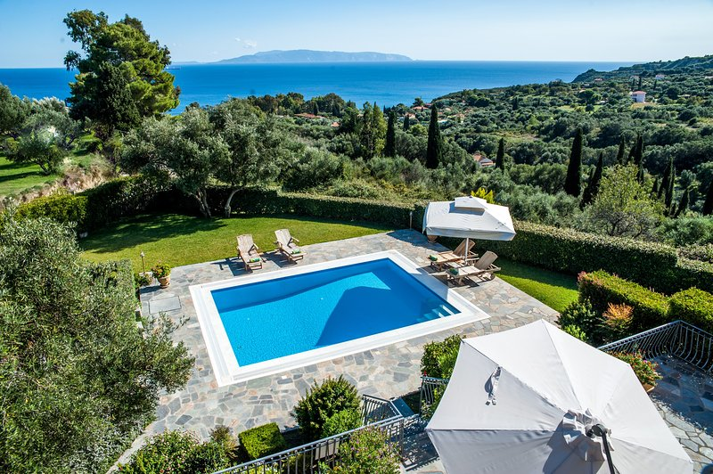 Amari Villa - Kefalonia Holiday Villa with Private Pool, Stunning Sea Views – semesterbostad i Spartia