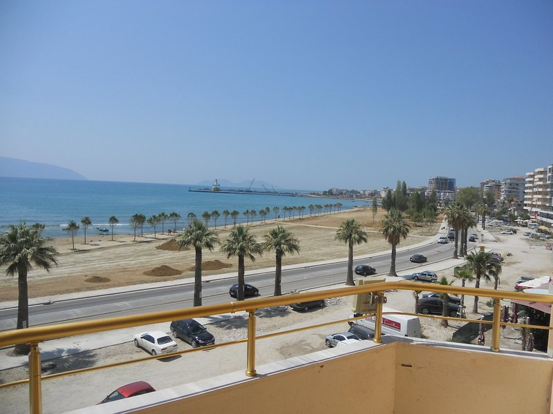 Sea View Apartament , Onorato 1, holiday rental in Vlore