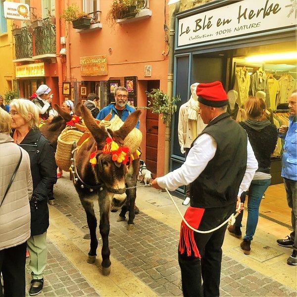 Festivitas catalan dans les rues