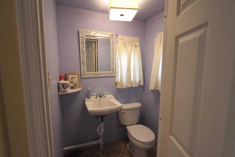 La casa también incluye una pequeña sala de polvo.