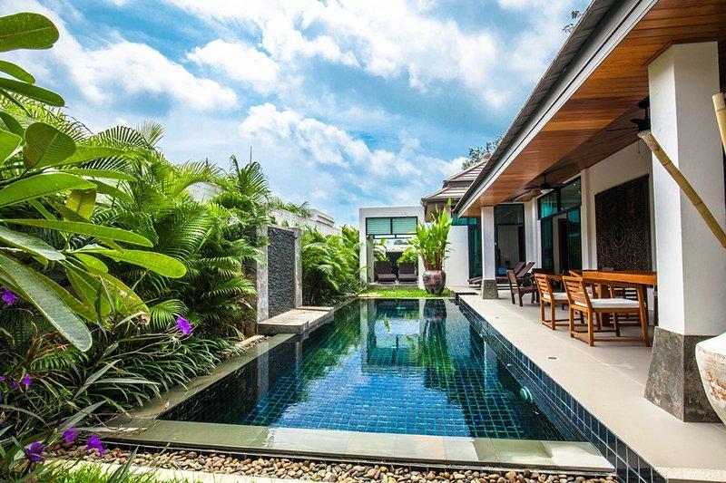 Villa privée Emotion2, 3chambres,piscine,Phuket, holiday rental in Ban Trisuk