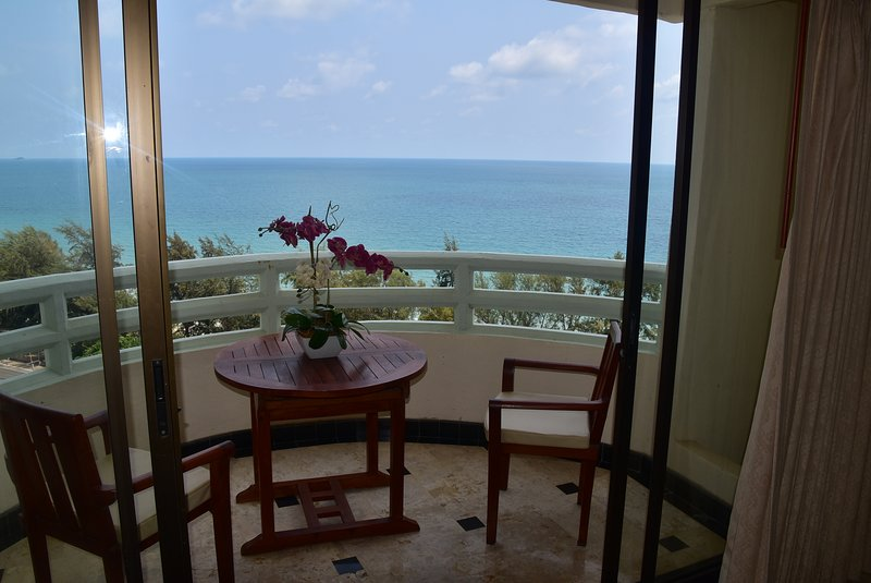 Appartamento vista mare inVip Condo Chain Resort, vacation rental in Rayong