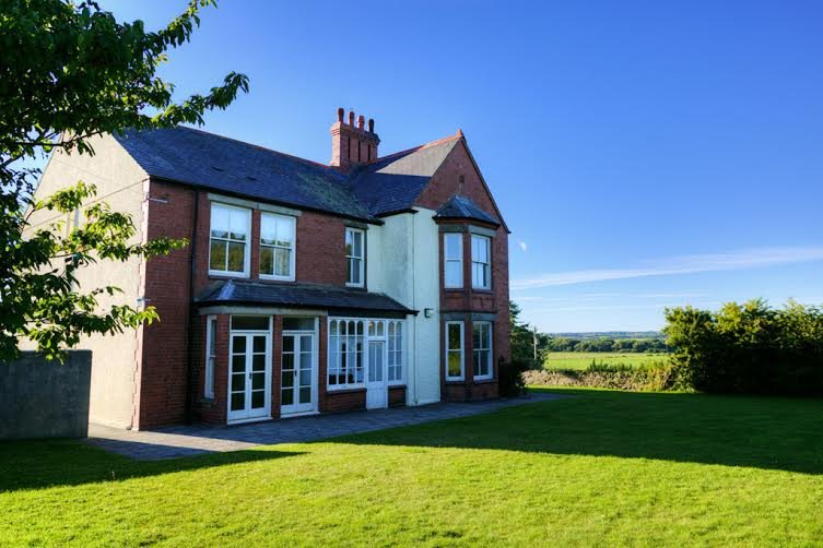 A  large spacious family home ready for large get togethers