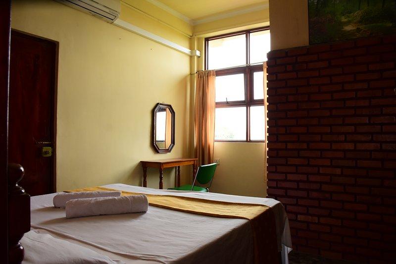 Sesaara Guest Kandy, holiday rental in Pallekele