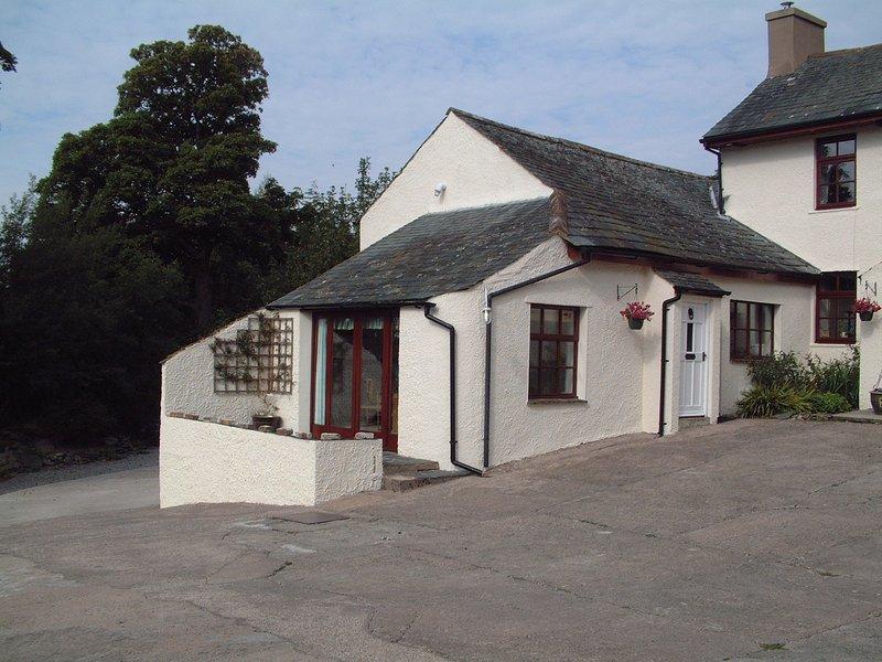 Cosy cottage with fabulous views!, location de vacances à Cockermouth
