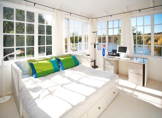 camera da letto Incredibile fuori al 2 ° piano tana con letto king-size e 180 gradi vista sul fiume