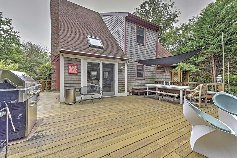 With a spacious private deck in a beautiful backyard, this vacation rental home promises a relaxing retreat!