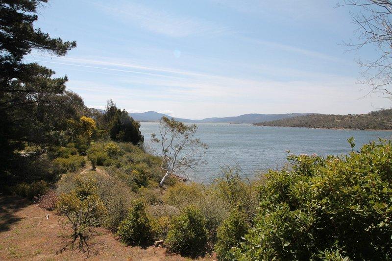 Seeblick 3 on Lake Jindabyne, holiday rental in Berridale
