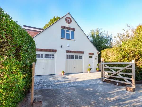 NORTHLANDS COTTAGE, private courtyard garden, WiFi, Brixton, Ref 945240, vacation rental in Yealmpton